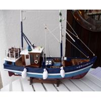 maquette bateau de p che voile et chalutier marie galante. Black Bedroom Furniture Sets. Home Design Ideas