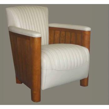 https://www.marie-galante-benodet.com/1317-thickbox_default/fauteuil-club-cognac-cuir-ivoire.jpg
