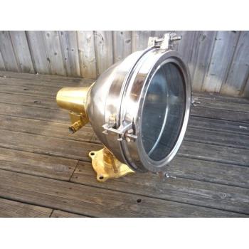 https://www.marie-galante-benodet.com/1708-thickbox_default/-projecteur-de-cargo-aluminium-laiton-.jpg
