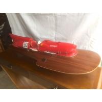 Maquette de canot à moteur riva aquarama