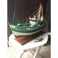 Maquette ancienne de chalutier de Lorient
