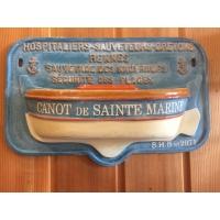 Tronc de canot de sauvetage hospitaliers sauveteurs bretons Sainte Marine