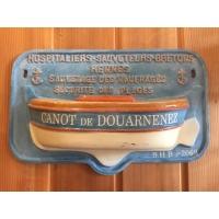 Tronc de canot de sauvetage hospitaliers sauveteurs bretons Douarnenez