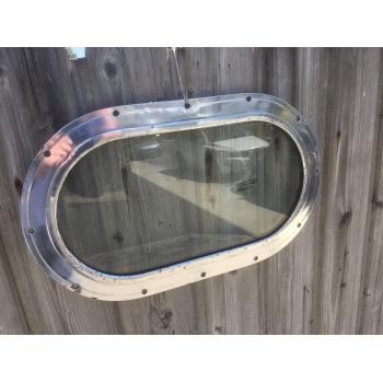 https://www.marie-galante-benodet.com/2441-thickbox_default/hublot-de-cargo-aluminium-oval-fixe-49cm.jpg