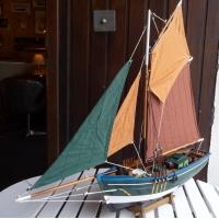 Langoustier maquette bois peche