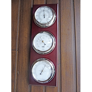 https://www.marie-galante-benodet.com/729-thickbox_default/station-3-cadrans-nickel-barometre-thermometre-hygrometre.jpg